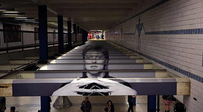 Broadway-Lafayette metrosuna Enstalasyon