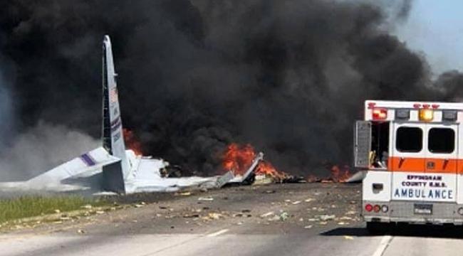 Georgia'da Askeri Uçak Düştü: 5 Ölü