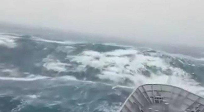 Güney Yarımküre'nin en büyük dalgası ölçüldü