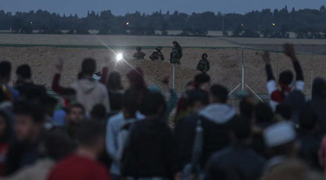 İsrail askerleri 2 Filistinliyi öldürdü