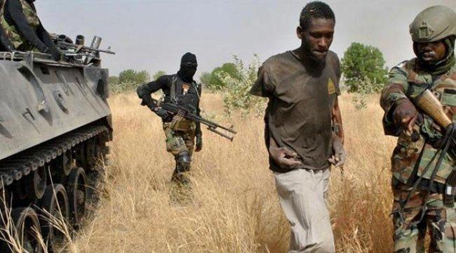 Nijerya'da silahlı çete üyesi 35 kişi öldürüldü