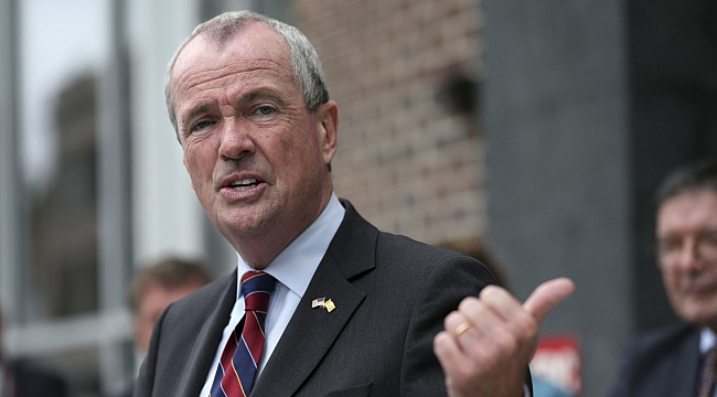 Phil Murphy signs bill to let unauthorized immigrants get college financial aid