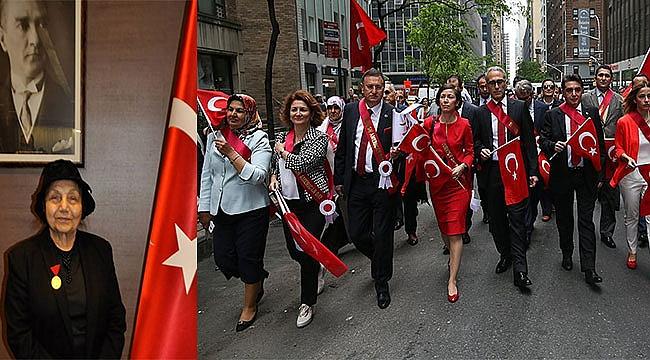 Şevkiye Teyzeden Türk Günü Yürüyüşünün Hikayesi