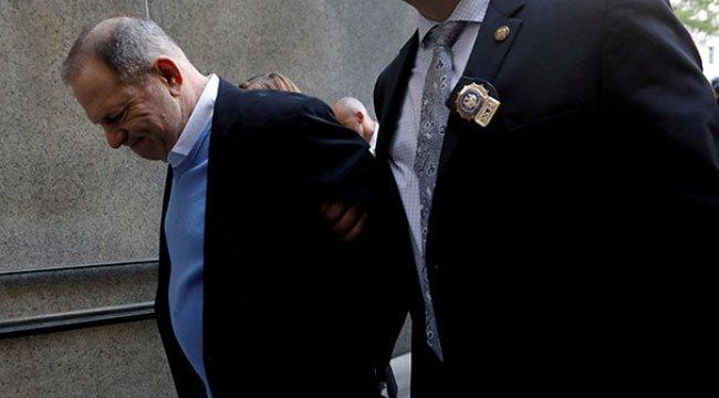 Tecavüzle suçlanan Harvey Weinstein'e 25 yıl hapis