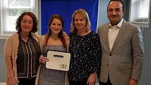 Türk Kızı New Jersey'in En Şefkatlisi Seçildi