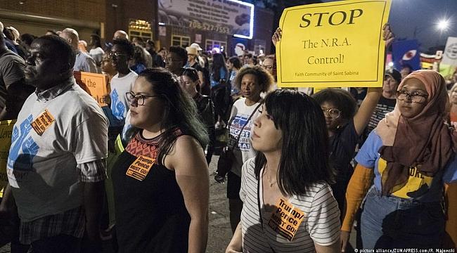 ABD'li Öğrenciler Protesto Turunda