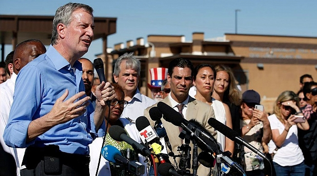 De Blasio demands crucial details from feds on migrant kids shipped to NYC from border
