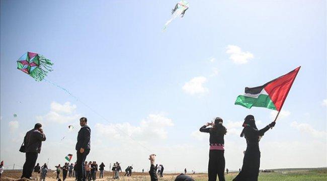 İsrail'de uçurtma uçuranları vurma tartışması!