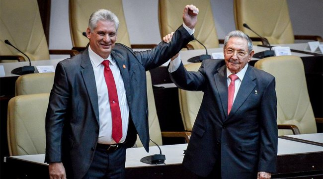 Küba'da medyaya yasaklar esnetildi