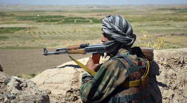 Afganistan'da Taliban ile DEAŞ çatıştı: 19 ölü