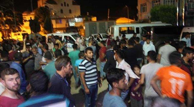 Aydın'ı karıştıran iddia! Polis araçlarına saldırdılar