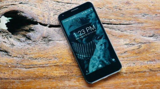 BİM kendini aştı: Şimdi de 499 TL'ye akıllı telefon satacak!
