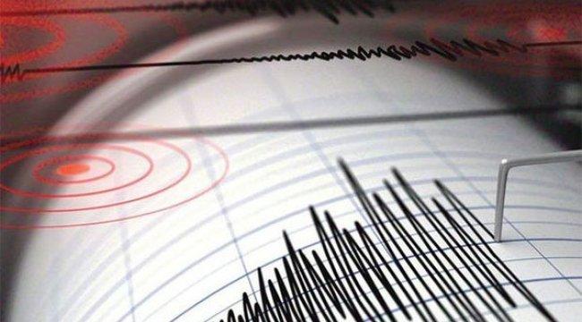 Endonezya'da 6.4 büyüklüğünde deprem!
