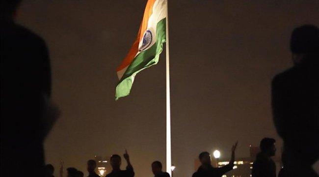 Hindu kadınla evlenen Müslüman gence saldırı