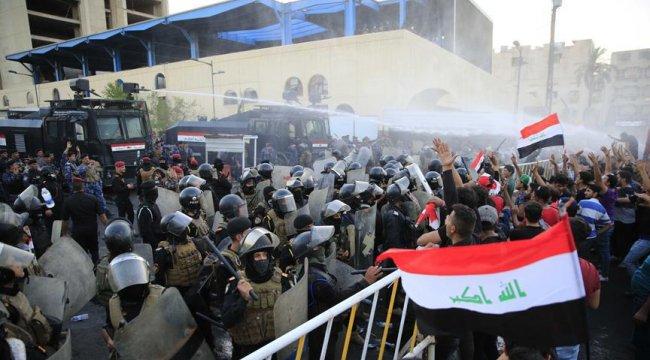 Irak'ta halk yine sokakta