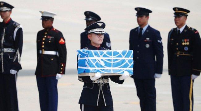 Kuzey Kore Amerikan askerlerinin cenazelerini verdi