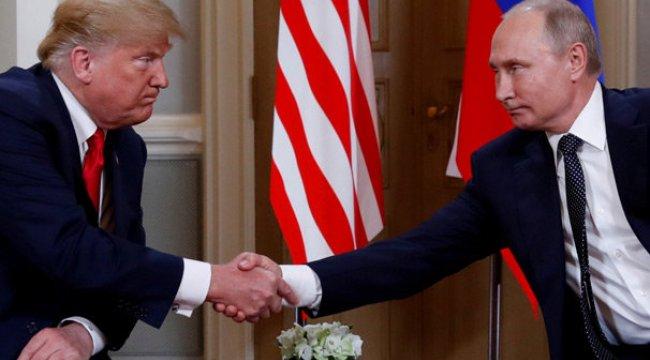 Temellerinden sarsılıyor! 'Trump ABD'yi Rusya'ya sattı...'