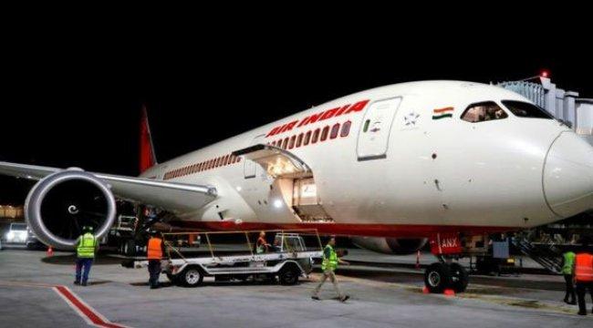 Uçakta skandal! Yolcuları tahtakurusu ısırdı