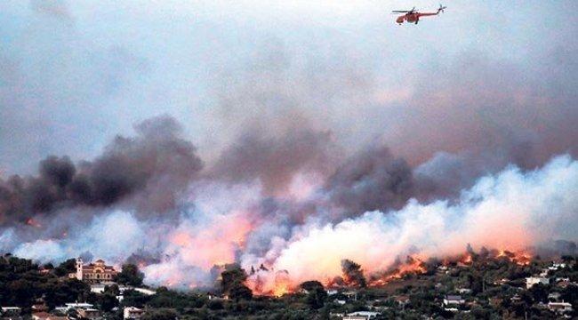 Yunanistan'da darbeciler yangın faciasından kurtarıldı