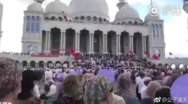 Çin'den skandal karar: Camiyi yıkacaklar!