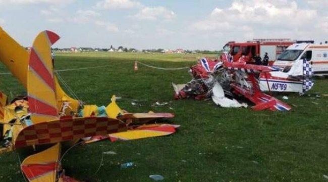 Feci olay! Gösteri yapacak 2 uçak havada çarpıştı