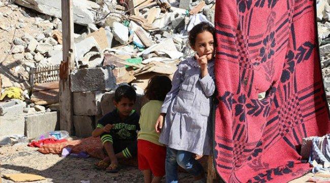 Gazze'ye artık gelinlik ve biberon da yasak!