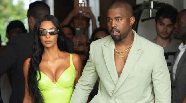 Kanye West'in terlikleri olay oldu