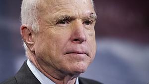 Senatör John McCain Vefat Etti
