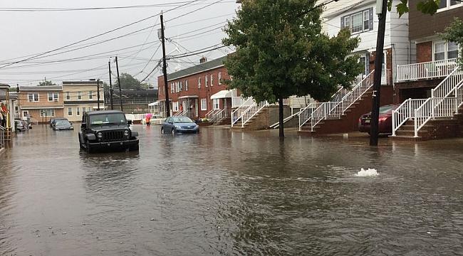 New Jersey'i Sel Vurdu