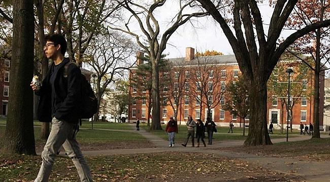 Harvard Üniversitesi de Irkçılık Yapmış