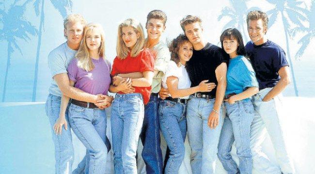 'Beverly Hills' dizisi dönüyor