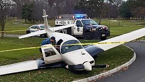 New Jersey'de Uçak Golf Sahasına Acil İniş Yaptı