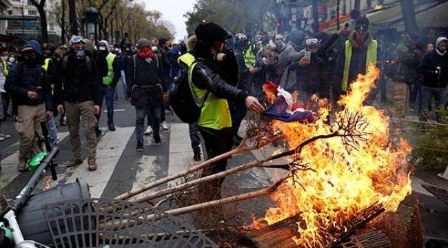 Trump: Fransa Beni İstiyor