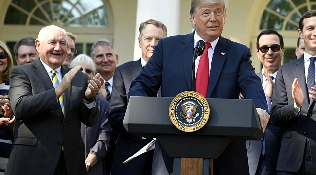 Amerikalılar Trump'ı Sorumlu Tutuyor