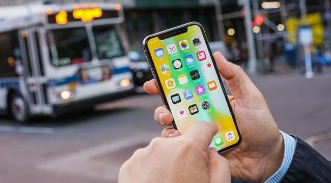 Apple: iPhone satışları düşüyor