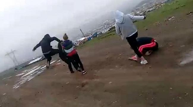 Kızları Dağa Kaldırıp Dövdüler