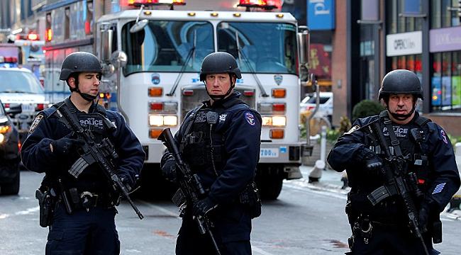 California'da 6 Polis Uyuyan Genci Öldürdü