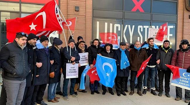 New York'ta Uygur Protestosu