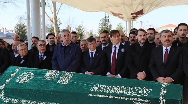 Prof. Dr. Mustafa Öz Son Yolcuğuna Uğurlandı