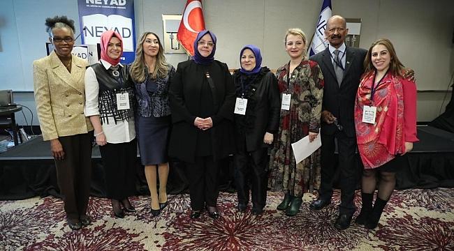 Bakan Zehra Zümrüt Selçuk NEYAD Panelinde
