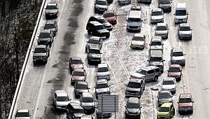 Kaliforniya'da 50 Araç Birbirine Girdi