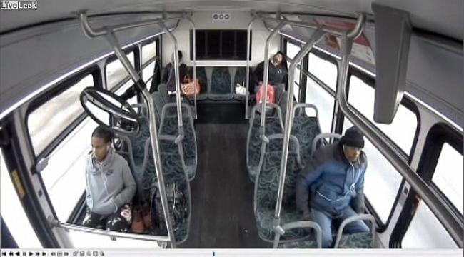 Ohio'da Otobüs Kazası: 3 Ölü