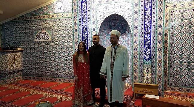 Pensilvanya'da Theresa Murray Müslüman Oldu