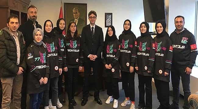 Tenzile Erdoğan Kız İmam Hatip Takımı New York'ta