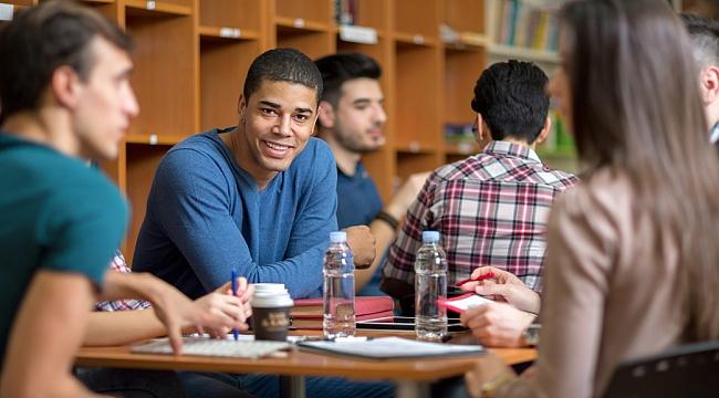 Amerika'ya Gelen Öğrenci Aç Kalıyor