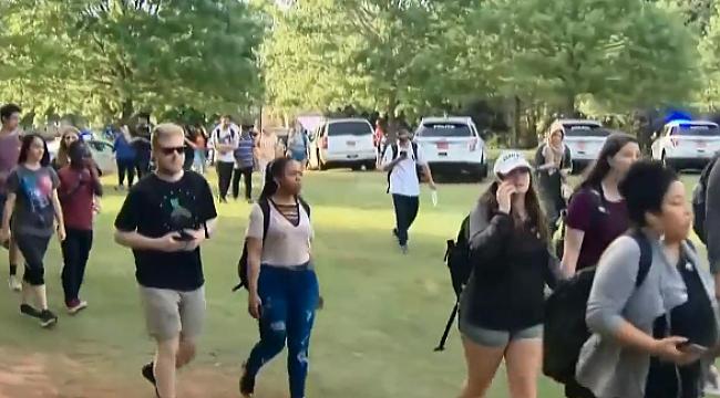 Charlotte'de Okula Silahlı Saldırı: 2 Ölü 4 Yaralı