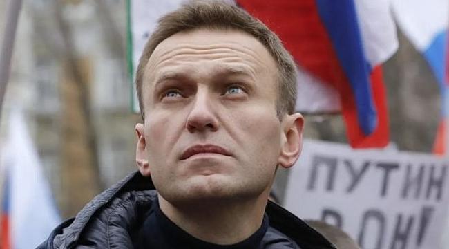 Hastaneye Kaldırılan Rus Mualif Lider Navalni 'Zehirlenmiş Olabilir'