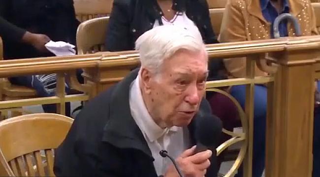 Hakim karışısına çıkan 96 yaşındaki sürücü ağlattı