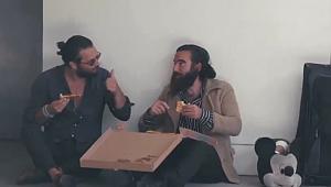 Los Angeles'ta 1 Dilim Pizzanın Acıklı Hikayesi