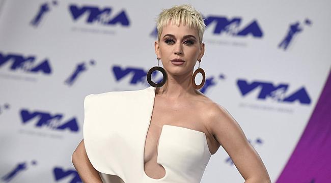 Rus TV Sunucusu da Katy Perry'i Tacizle Suçladı
